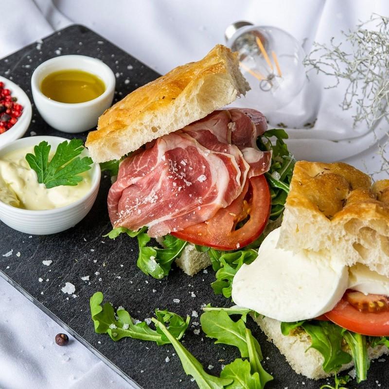 alba catering italiensk kokekunst oslo viken bærum nordre follo romerike påsmurt focaccia